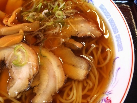 ramen_noodles_with_soy_sauce2.jpg